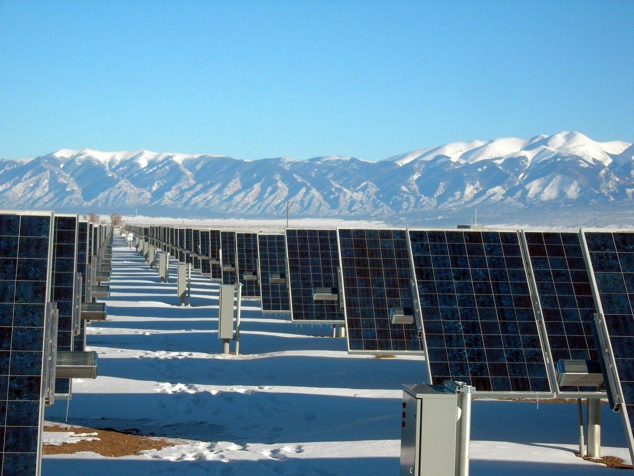 solar-panel-array-1591359_1280_Pixbay